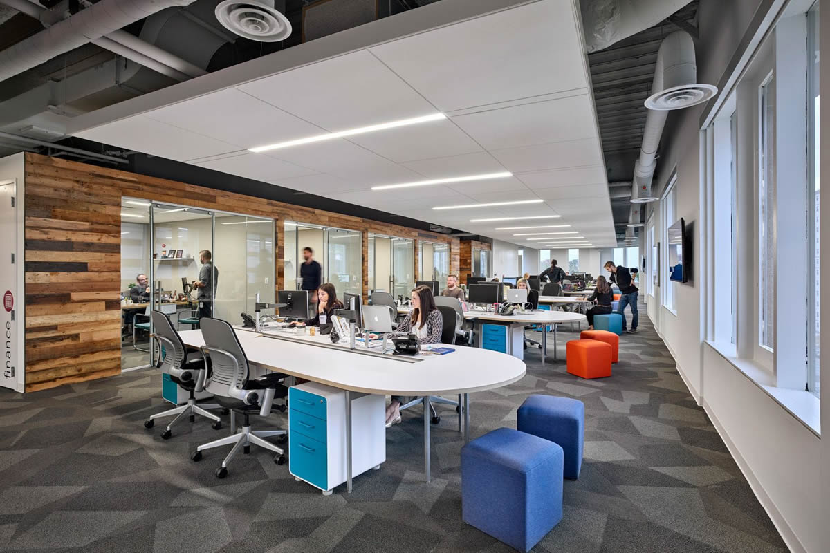 Improve Productivity in Your Orlando Office With the Right Office Lighting