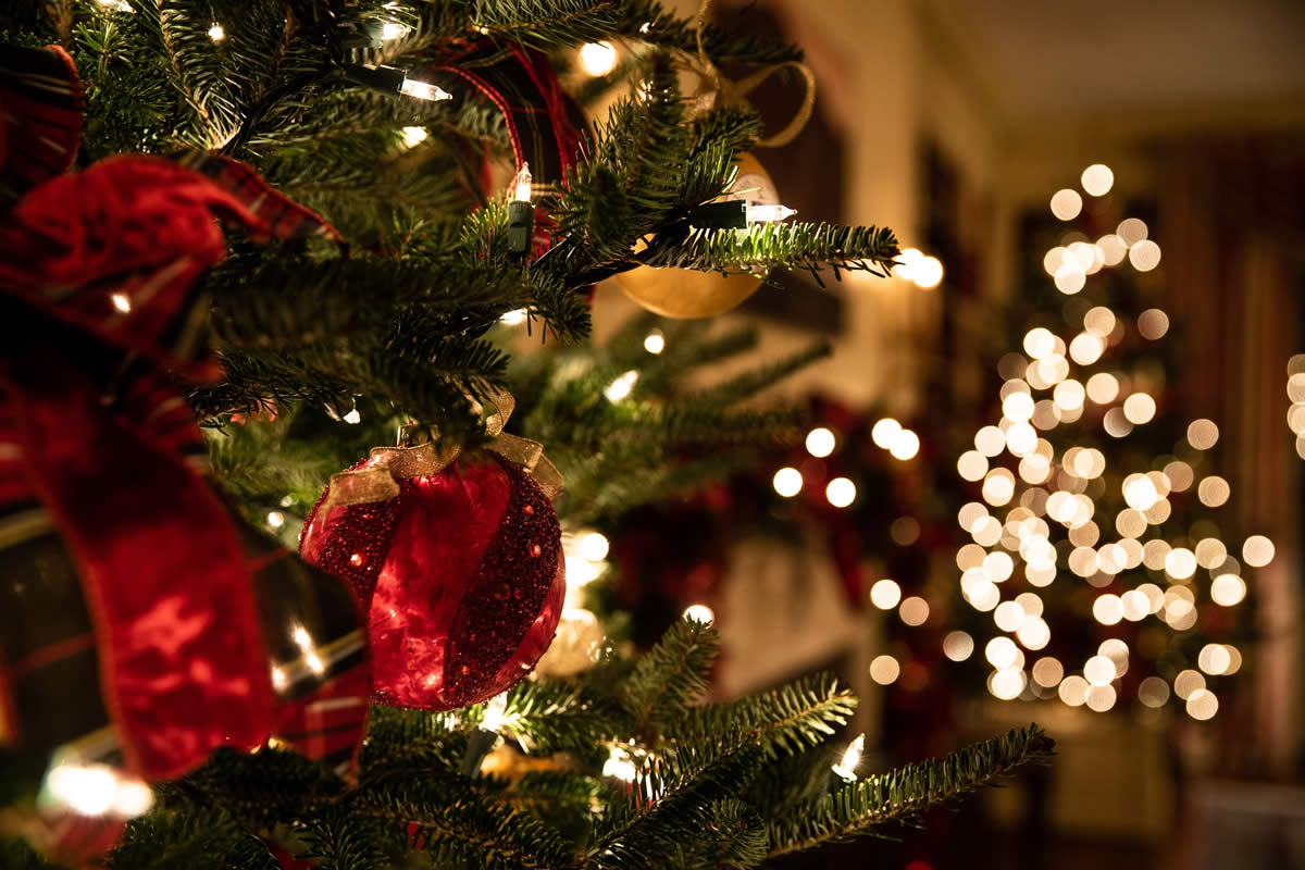 Christmas and Holiday Season Fire Safety Statistics and Tips