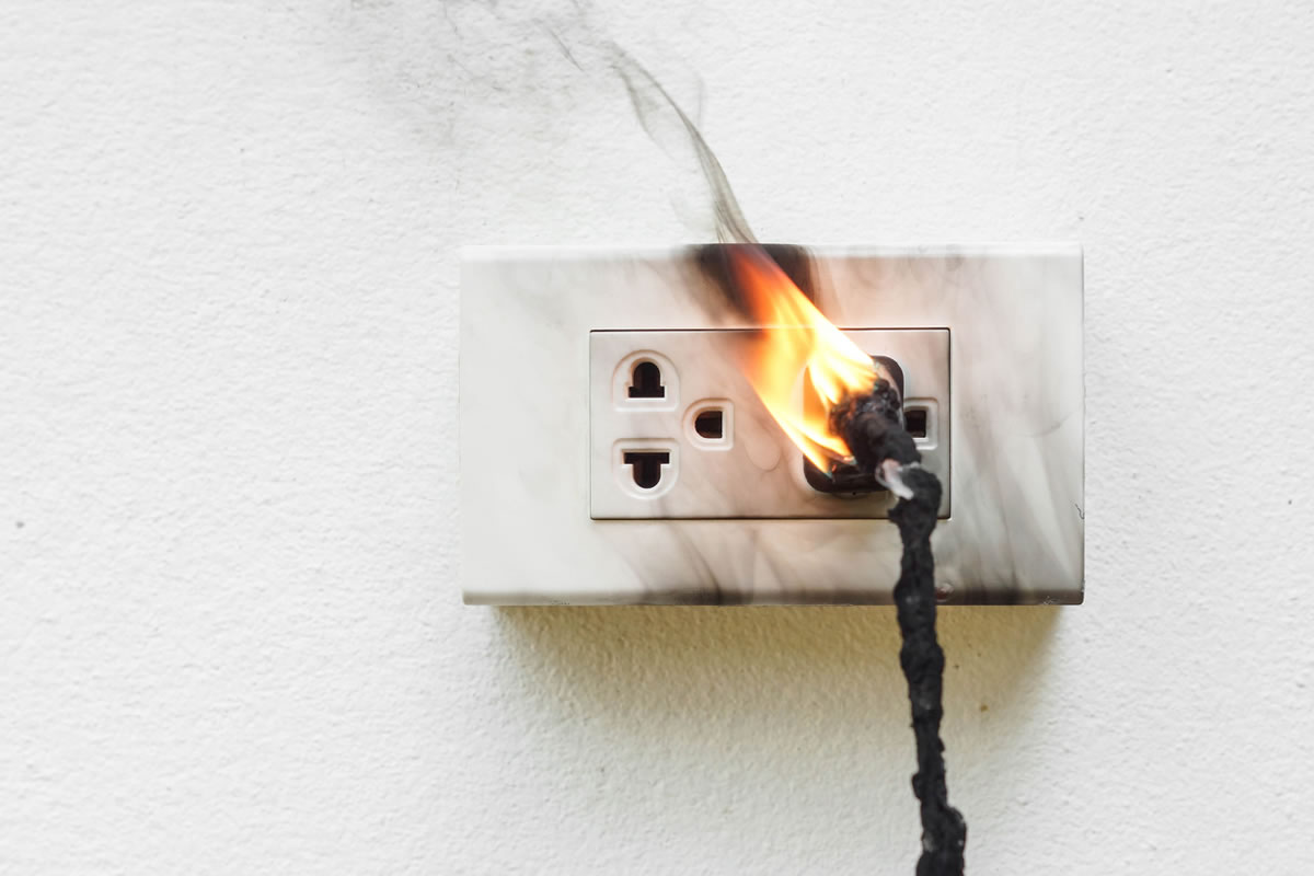 How to Properly Put Out an Electrical Fire