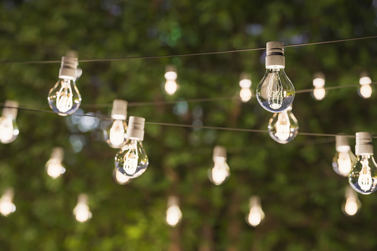 Four Outdoor Lighting Options for Your Backyard Oasis