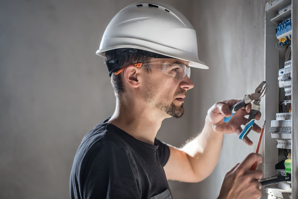 Five Reasons to Perform Electrical Preventative Maintenance in Your Home