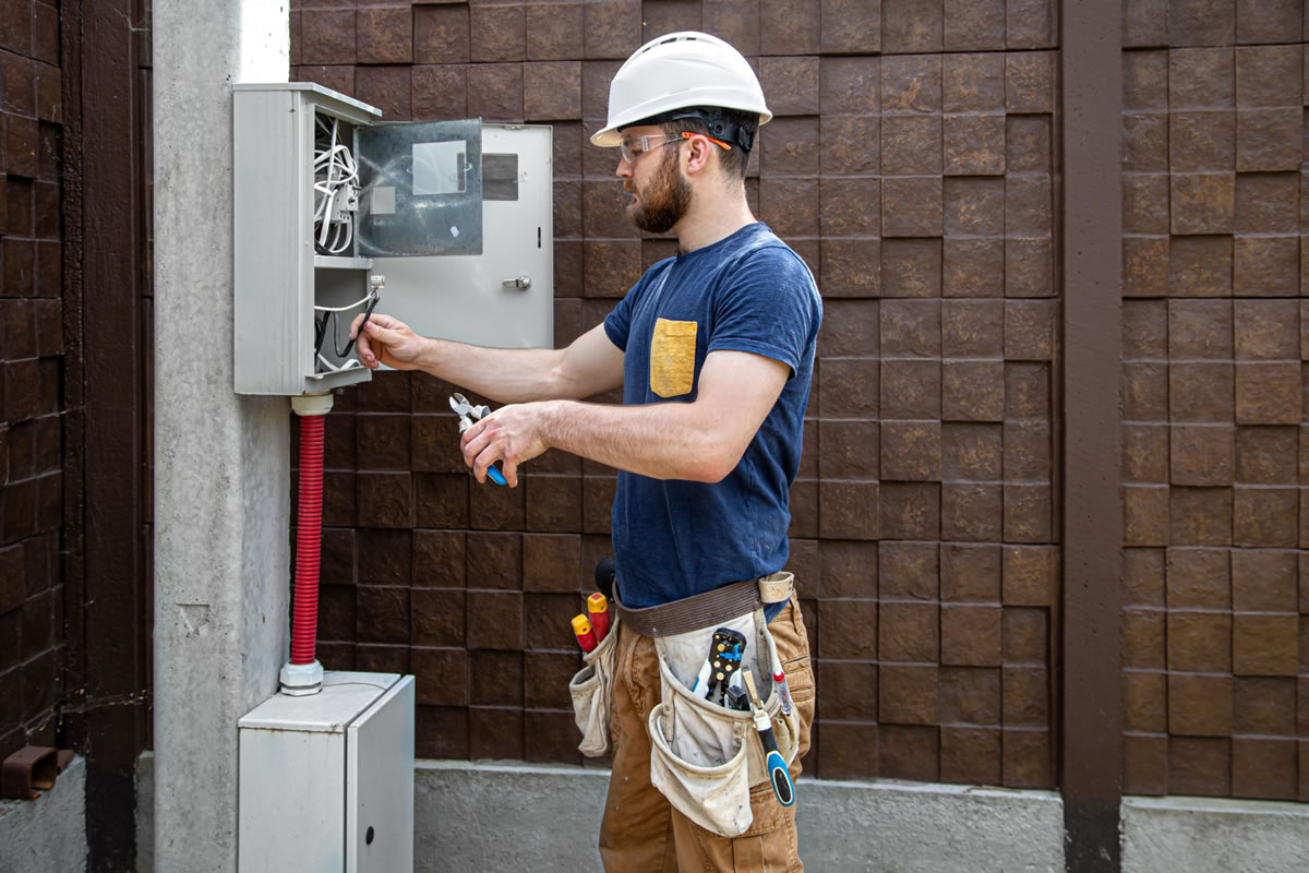 Five Important Questions to Ask Your Electrical Contractors in Winter Park, FL