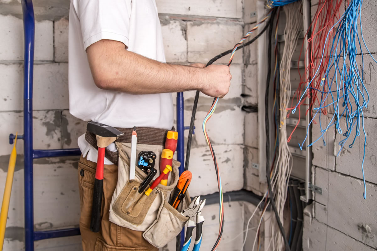 Common Electrical Wires and What Their Colors Mean