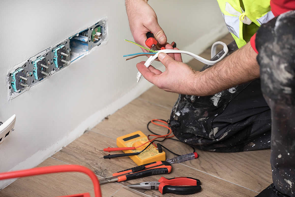What Types of Jobs do Electricians Perform?