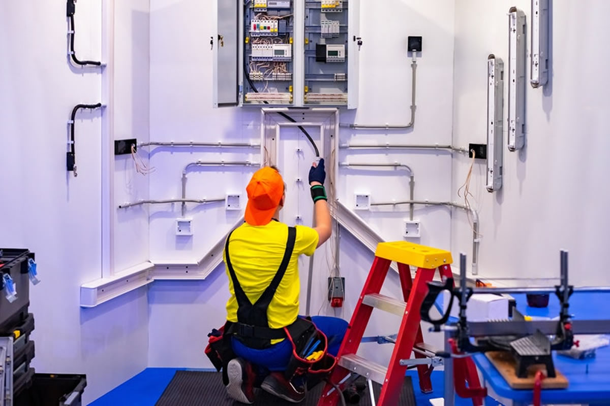 Reasons You Should Trust the Pros to Handle Your Electrical Work