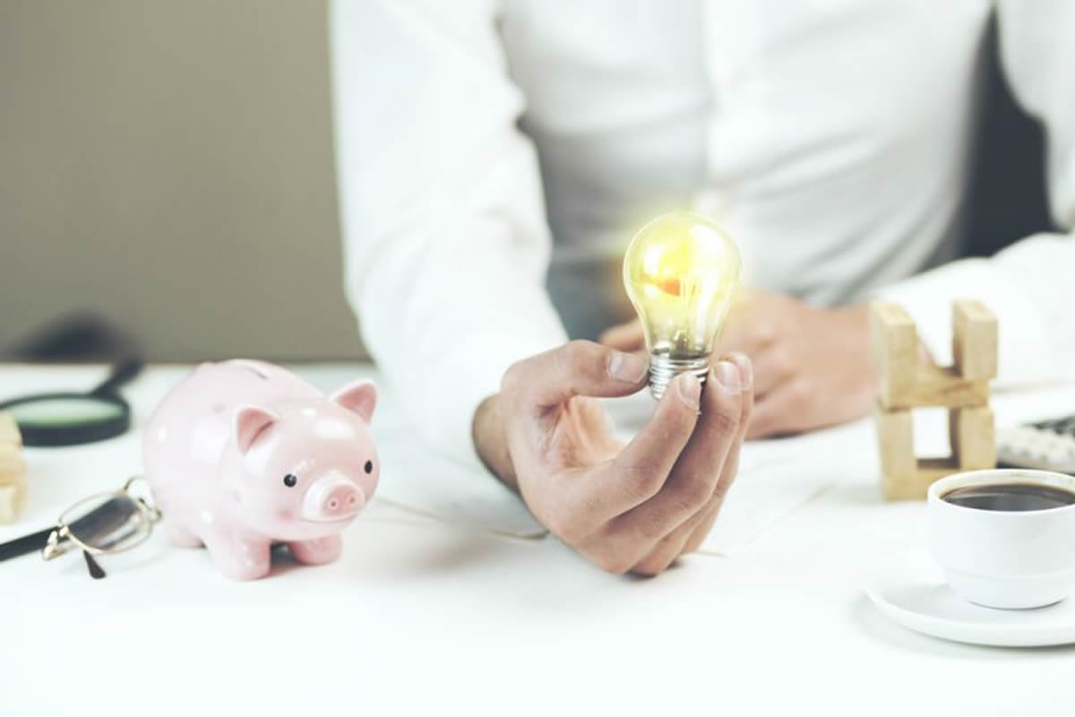 Four Simple Ways to Save Money on Electricity